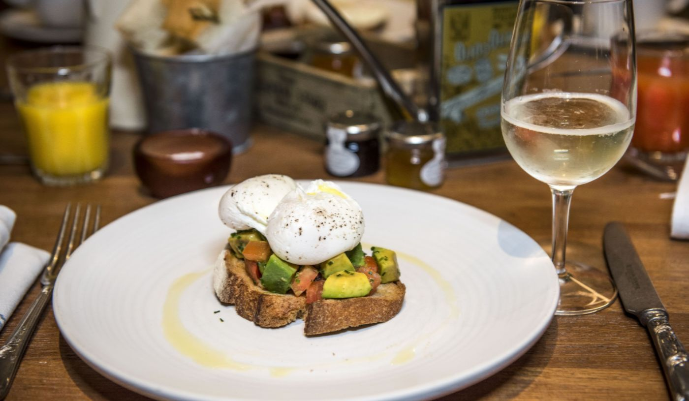 Bottomless Prosecco Brunch at Mercante